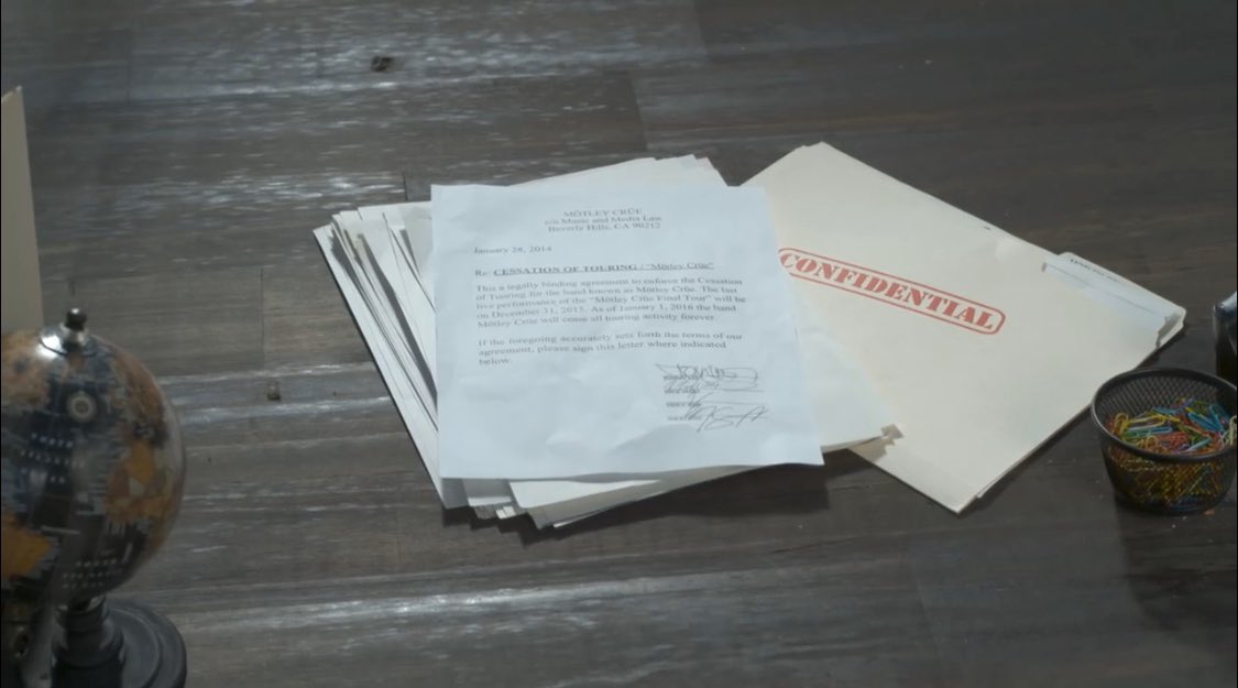 「二度と活動しない」と契約書まで書いて2015年12月31日に解散したモトリークルーが復活しました。<br><br>契約書を爆破して。