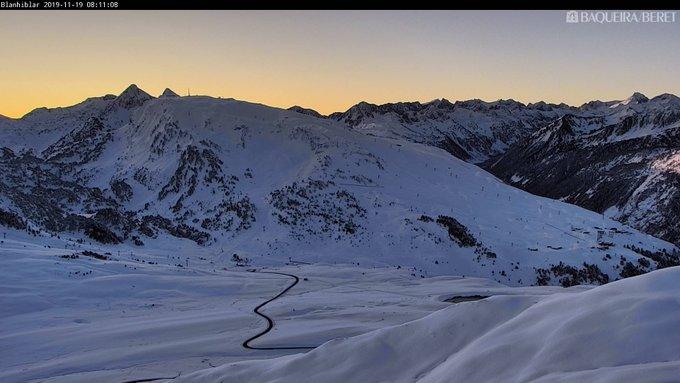 Imágenes del Pirineo vía @infonieve. Formigal, Baqueira, Gran Tourmalet y Piau