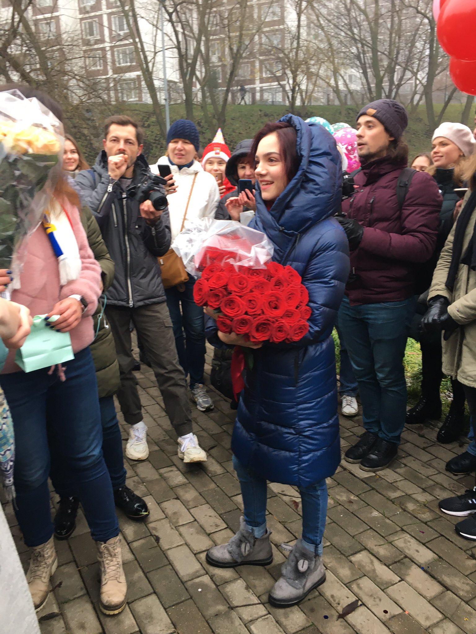 Evgenia Medvedeva | Медведева Евгения Армановна-6 - Страница 9 EJuHKX2XkAAVmmr?format=jpg&name=4096x4096