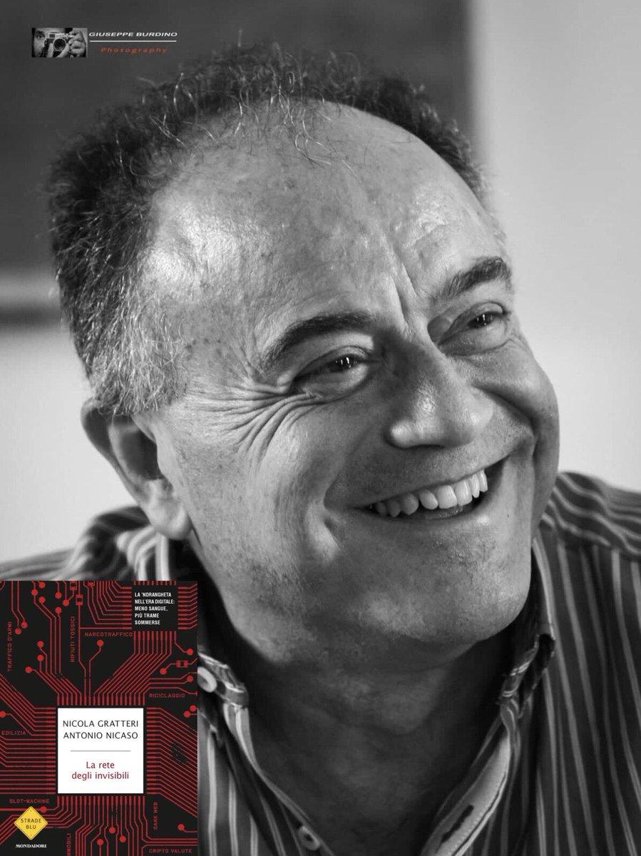 #Laretedegliinvisibili, il nuovo libro scritto con @AntonioNicaso, è da oggi in libreria. Stasera ospite di @OttoemezzoTW, in onda su @La7tv, per presentarlo