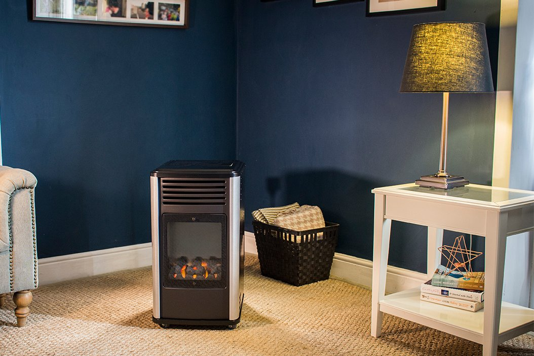 Instant heat, with ease, in style!    #style #home #TuesdayMorning #cold #indoorheaters #indoor #family  #saharabbqs #sahara #order   https://t.co/lKx6QhKweV https://t.co/urOZelWpSg