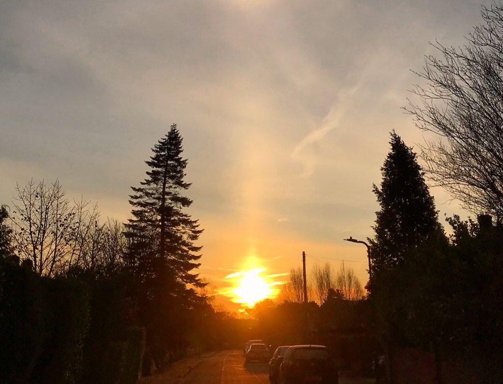 Sun pillar over Harrogate at sunrise this morning @StormHour #StormHour #POTW #ballsphotos