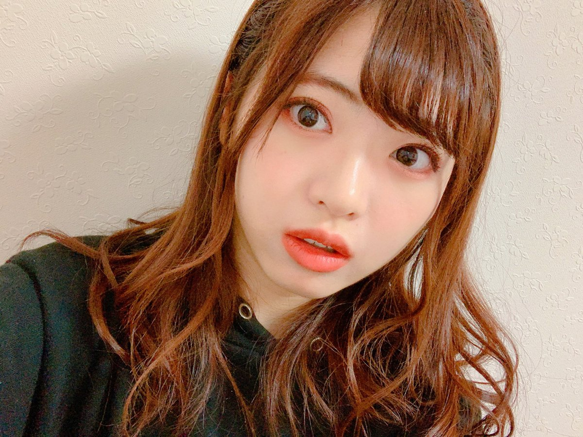 AKB48に入って4年くらいが経ったんですが。。。最近やっと「AKB前髪」デビューしました✨💁🏻♀️