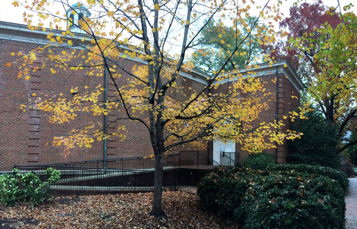 RT @UNCCURS: Some late autumn color on the campus of @UNC. Can you guess which building this is? https://t.co/tToyigGgOP