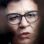 Image for the Tweet beginning: Così l'ex ministra della Difesa