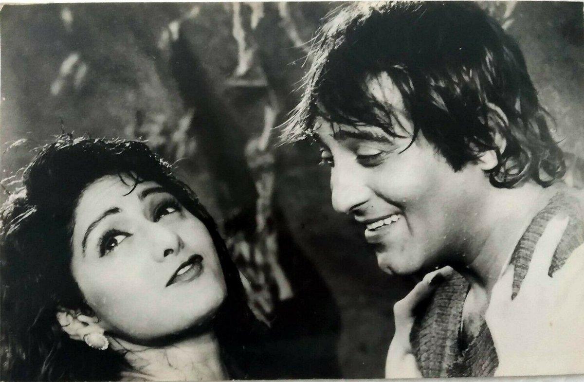#Sridevi #VinodKhanna  #Bollywoodflashback #rare #muvyz #muvyz111919