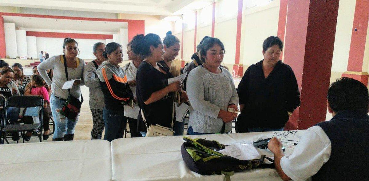 La #Educación de México es nuestra prioridad.   Se entregaron las becas de #EducaciónBásica en los municipios: 🔹Huautla  🔸Zempoala  🔹 Atotonilco El Grande  🔸Chapantongo   #BecasBenitoJuárez📚  #EducarParaTransformar  #BienestarParaLasFamilias 👨👩👦👦