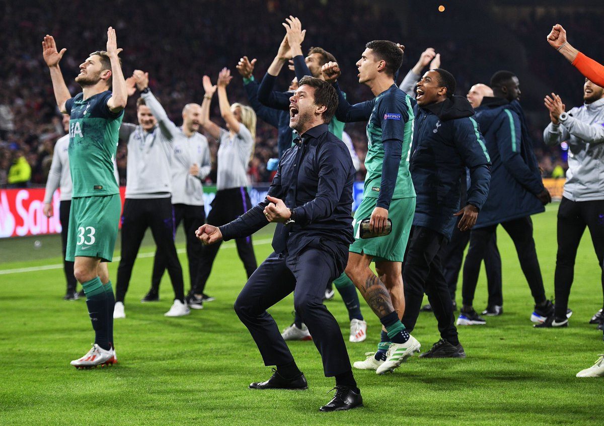 """2014: """"We will give everything to make you proud of this Football club again.""""  Up until tonight I've never felt prouder following Spurs. Over the last five years we've created memories with friends & family I'll never forget. So for that, thank you Poch. #HesMagic<br>http://pic.twitter.com/FL3GUsYJos"""