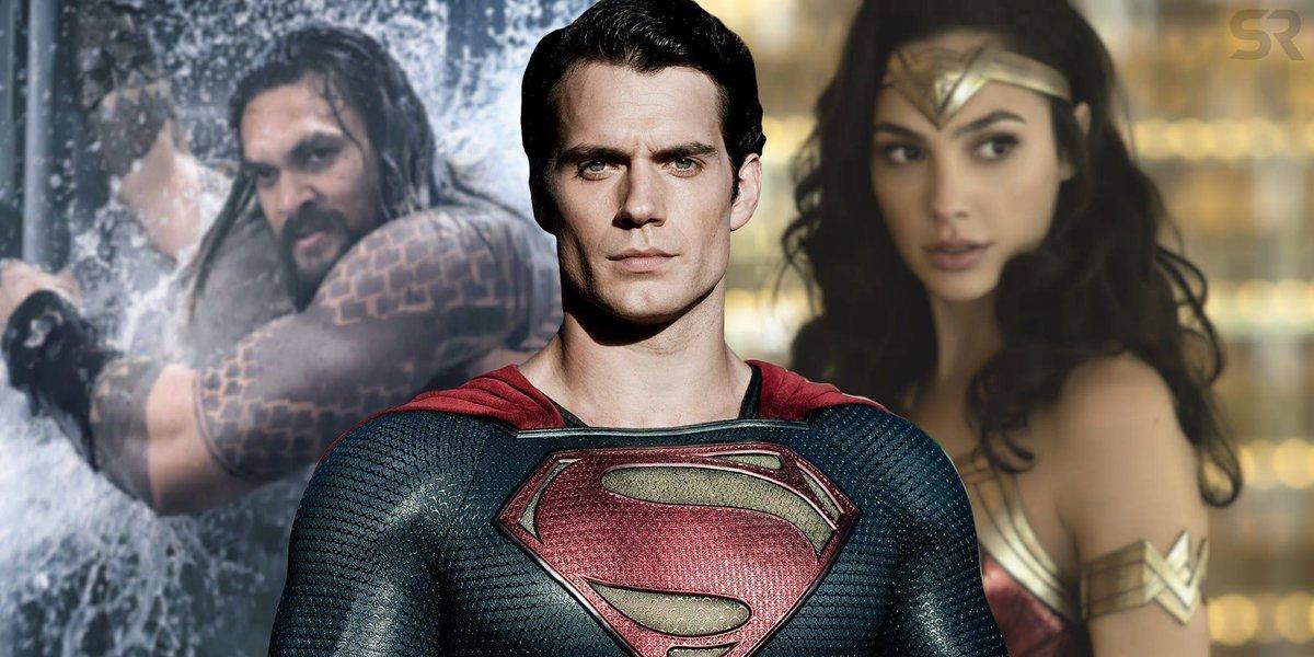 Henry Cavill Insists Hes Still DCEU Superman buff.ly/342gfCr