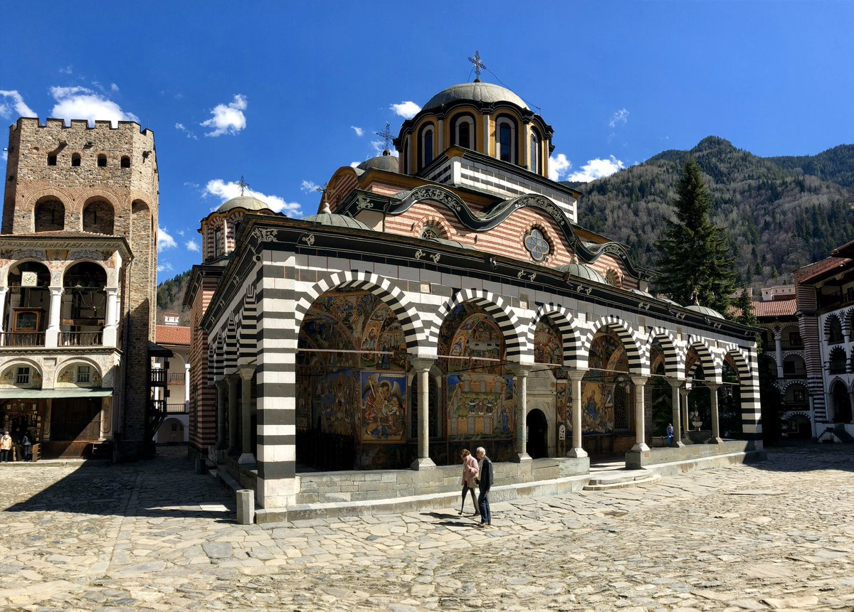 Celebrating #TravelTuesday with the stunning Rila Monastery in the remote Bulgarian mountains. Founded in the 10th century, it's the largest in all of Bulgaria & its colorful frescoes are breathtaking in person  <br>http://pic.twitter.com/PCbkG3UThf