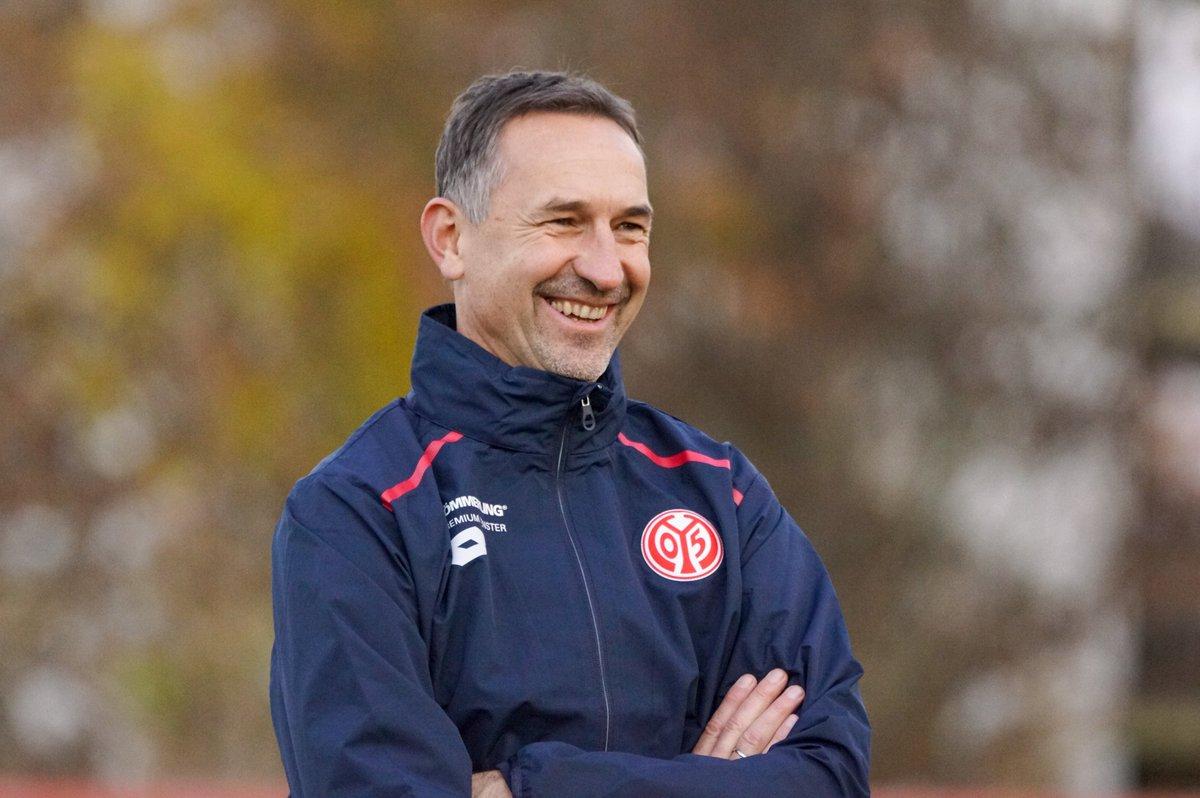 """1. FSV Mainz 05 on Twitter: """"Achim Beierlorzer in Aktion! ☝ Eindrücke . . . <a href="""