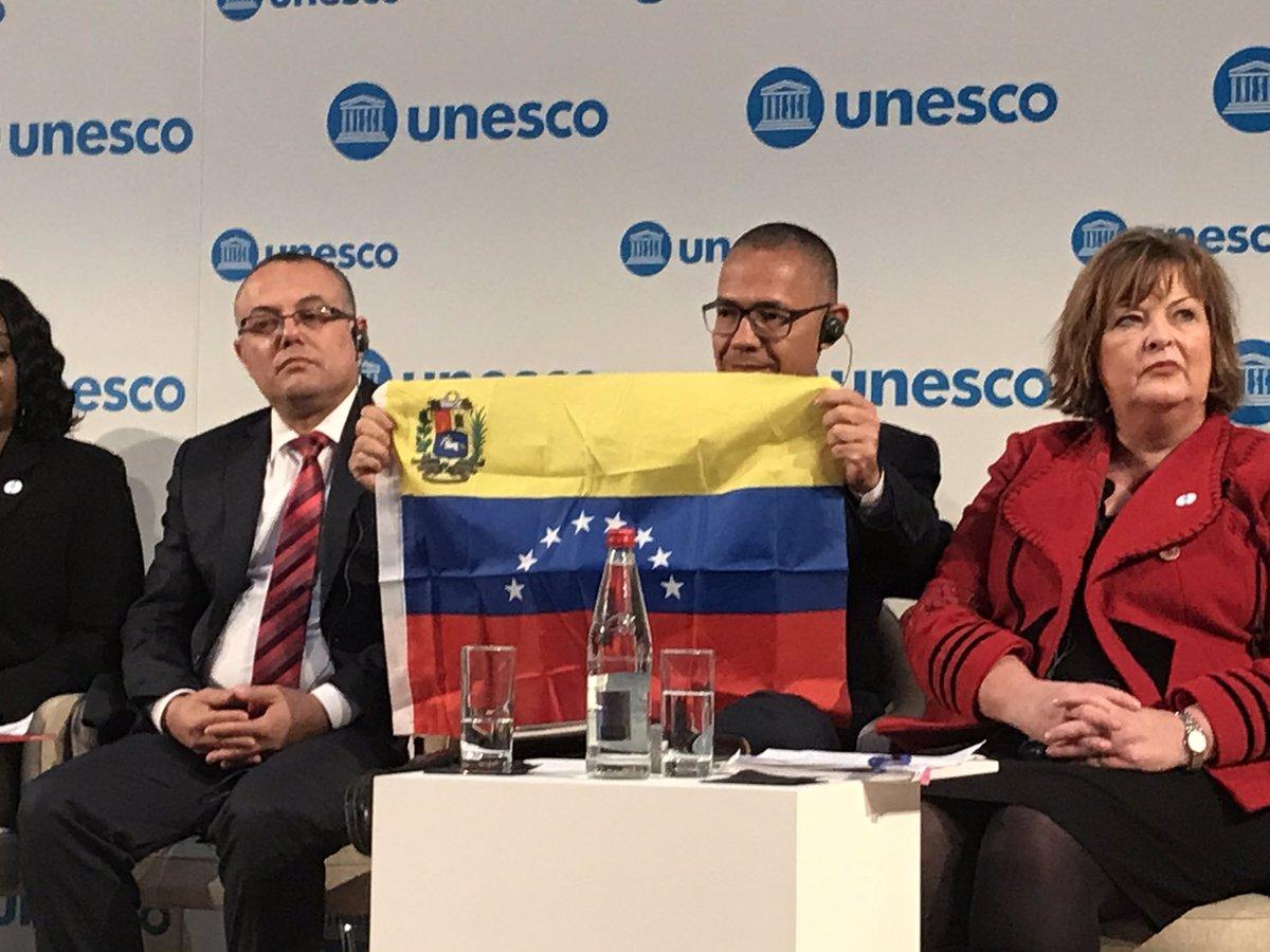 Tag cultura en El Foro Militar de Venezuela  EJwVkMLWsAA4tgv