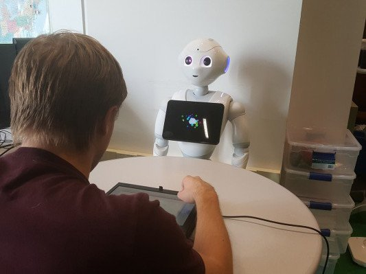 CMU finds that even bad robot trash talk can throw you off your game http://hsy.st/TC4kidGl#TC #robot