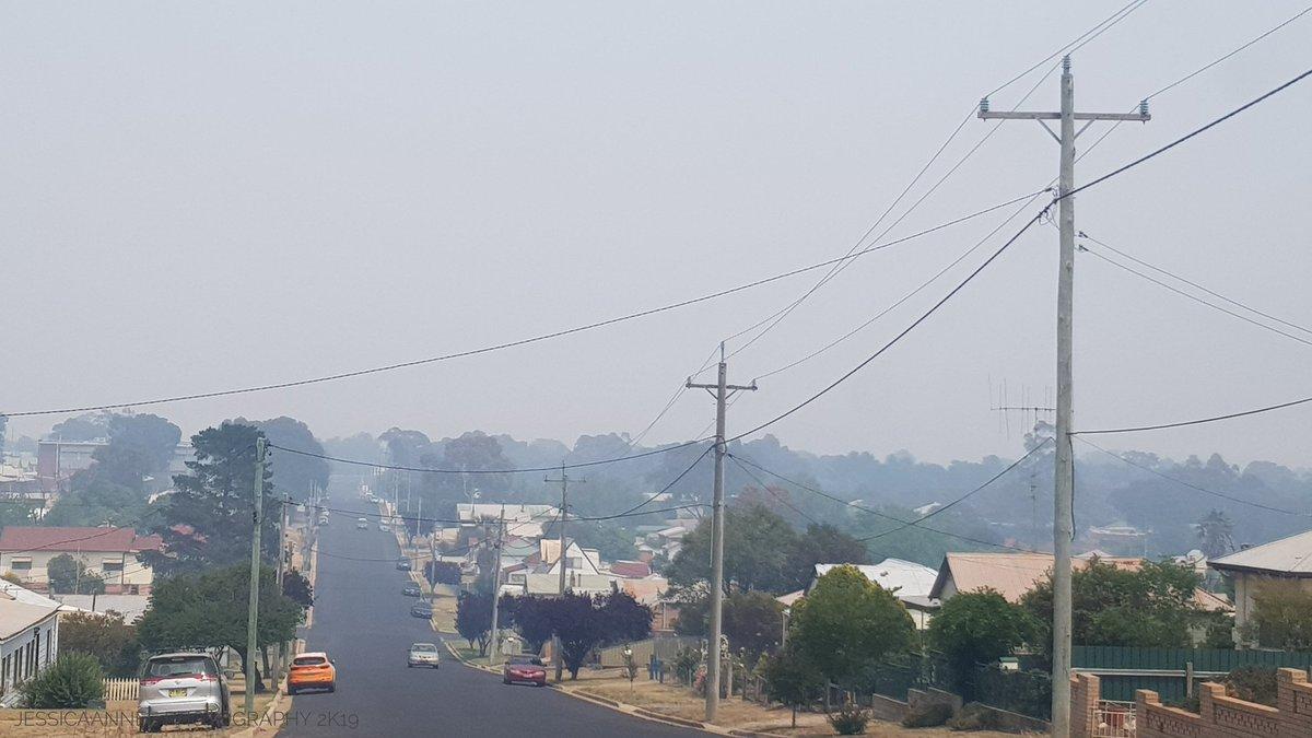Smokey View Around Town...  #RFS #AUSTRALIAFIRES #bushfires #bushfiresNSW #NSWbushfires #Australian #Australia