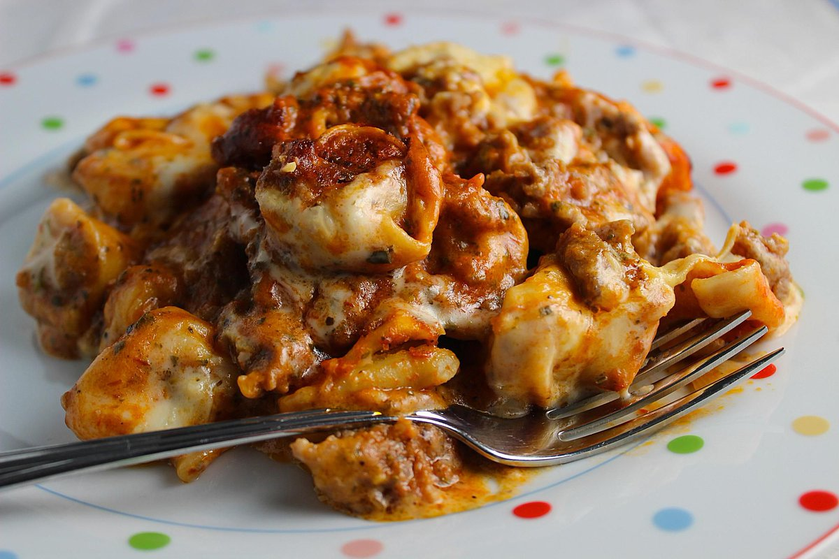 Casseroles are great meals for #dinner any day of the week. #delicious   http:// cpix.me/a/86051743    <br>http://pic.twitter.com/oUVn2svRaZ