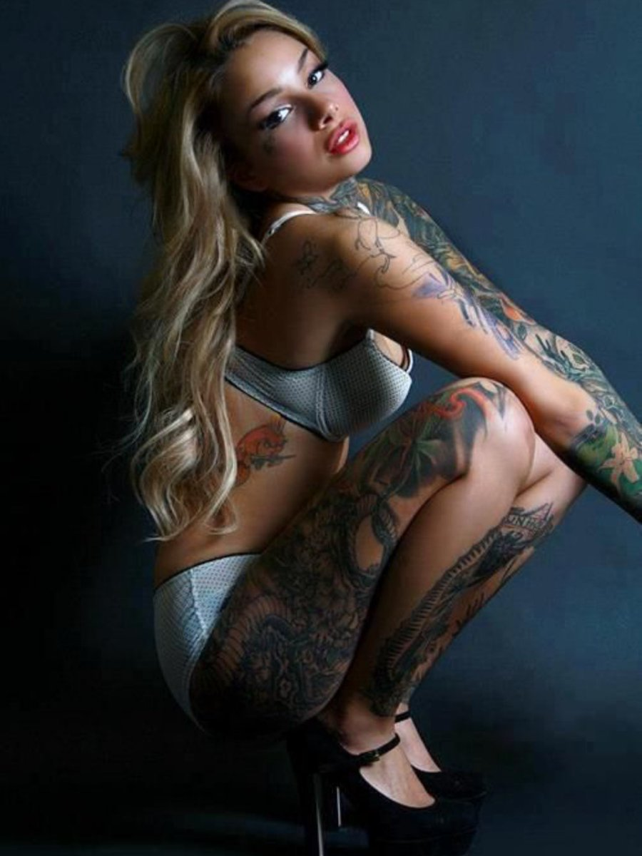 Nude Tattooed Teen