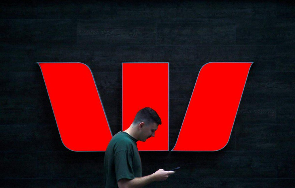 Australia's AUSTRAC calls Westpac's anti-money laundering oversight 'deficient' https://reut.rs/35jaWyN
