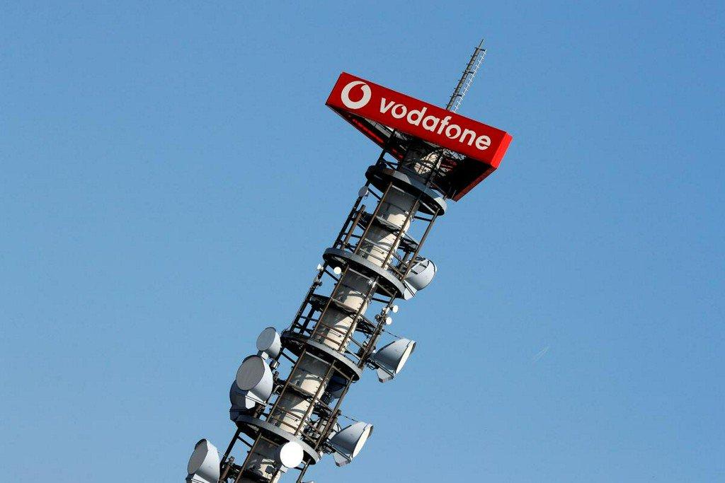 Vodafone extends tech partnership with Ryanair  https://reut.rs/2rcpUaV
