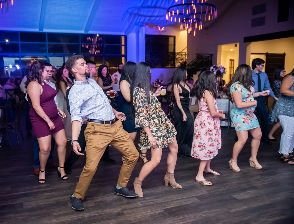 When the reception is LIT!! . . .  #sanantonioweddings #vchphotography #sanantonioweddingphotographer #texasweddingphotographer#weddingwire #theknot #texasweddings #texasweddingphotographers #sanantoniophotographers    #bride