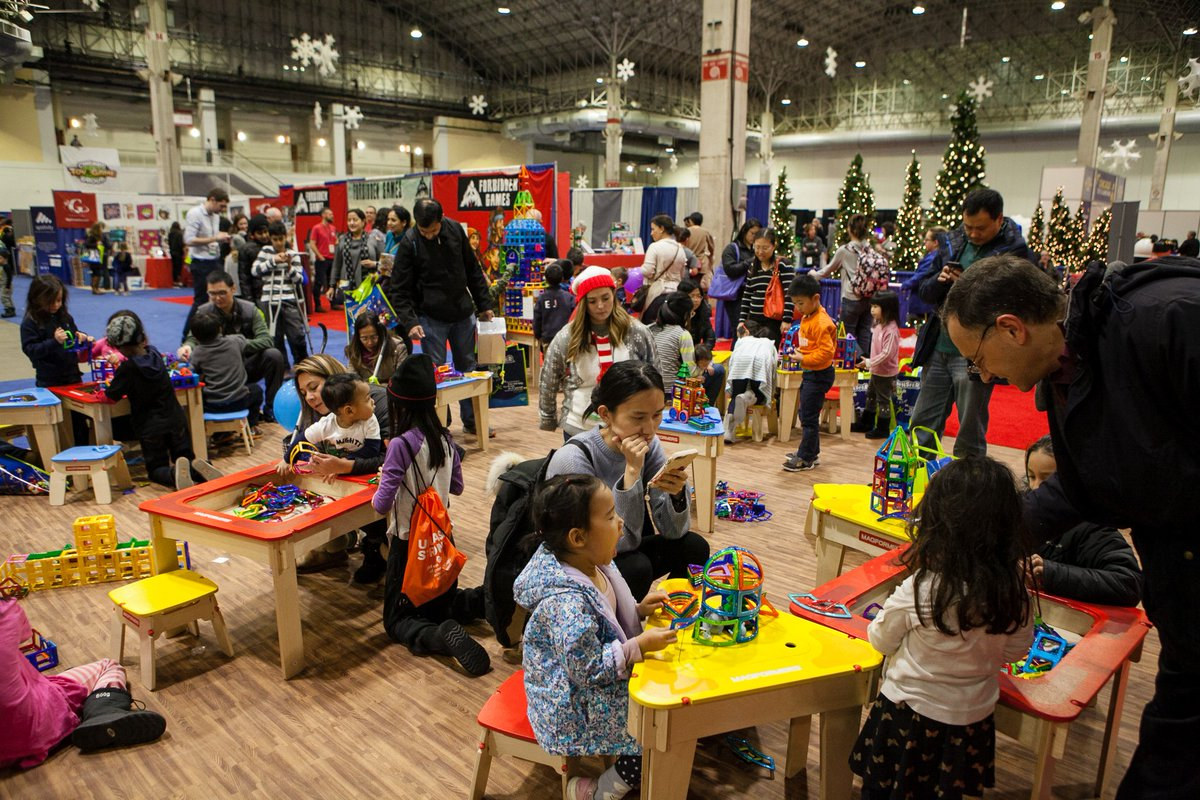 The closest thing to #Santa's workshop you'll find south of the North Pole is at #Chicago's Toy and Game Fair @NavyPier Sat, Nov 23rd & Sun, Nov 24th. Fun for the whole family! Purchase your tickets @  or at door. @AskCHCA