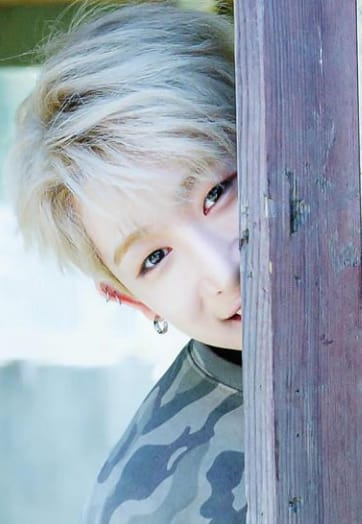 WE WON'T GIVE UP! MONBEBE ARE HERE TO LOVE AND SUPPORT MONSTAX & WONHO CAUSE FAMILY CAN'T BE APPART OR ERASED STAY STRONG GUYS! KEEP FIGHTING MONBEBE  #JUSTICEFORWONHO #FixTheFutureForWonho #한번더_생각하자 #BreakTheWheelForMX7 #우리는_불을밝힐_불꽃 @STARSHIPent @OfficialMonstaX <br>http://pic.twitter.com/fXzruurBW8