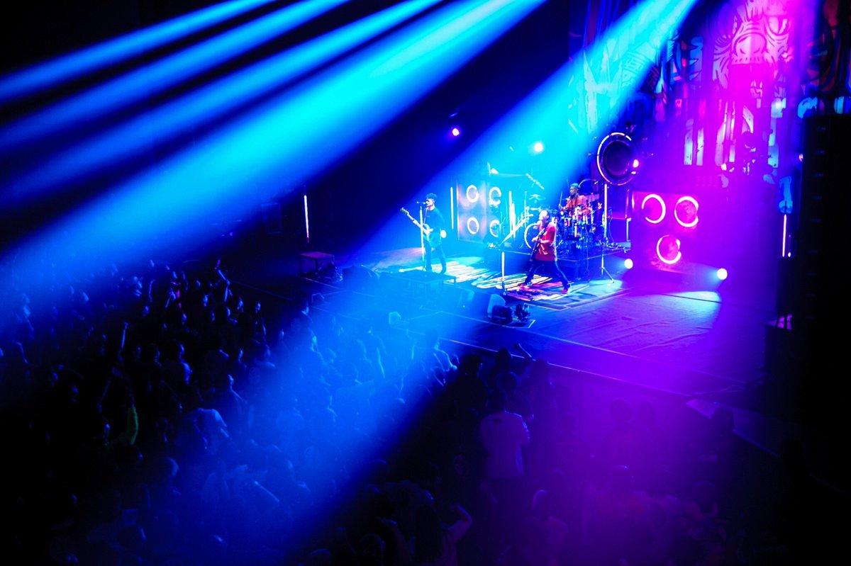 【COMINATCHA!!TOUR 2019-2020】岩手県民会館 大ホール!!Photo by Jon…#WANIMA #カミナッチャツアー