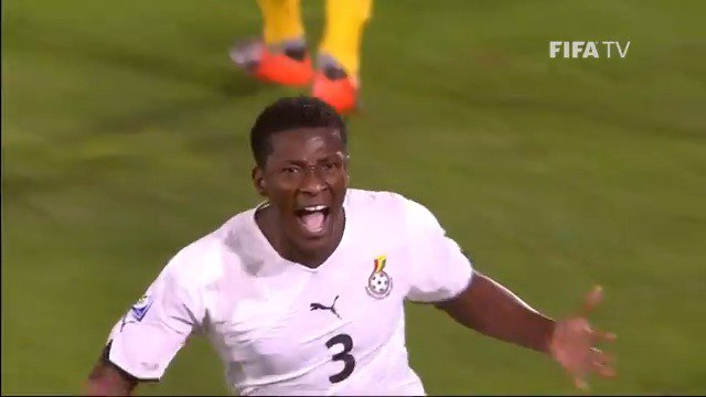 🇬🇭 @ASAMOAH_GYAN3 (6 goals) 🇨🇲 @roger_milla_9 (5) 🇳🇬 @Ahmedmusa718 (4)  🎂 Happy 35th birthday to Africa's all-time record scorer in the #WorldCup, Asamoah Gyan 🥇  @ghanafaofficial   @CAF_Online