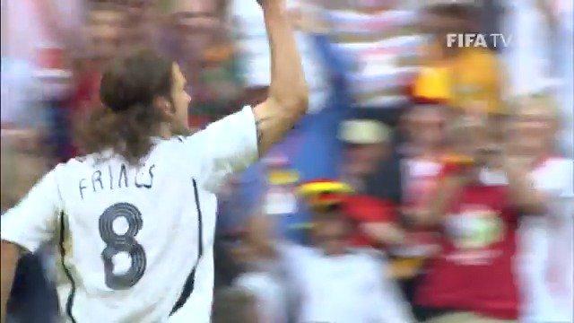 Happy 44th birthday to the scorer of this wonder goal, Torsten Frings     