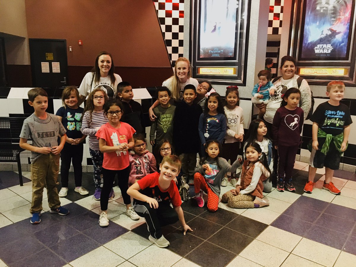First Grade Frozen Fun! We almost sold out an entire theater on a Wednesday evening! ❄️☃️#ExperienceSLE #WeAreGCISD