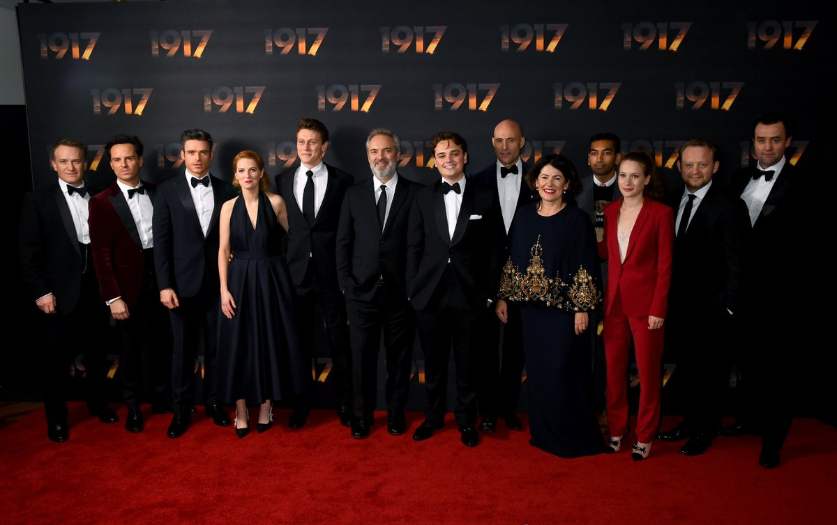 The phenomenal cast and filmmakers of #1917Film reunite at the World Premiere and Royal Film Performance in London.