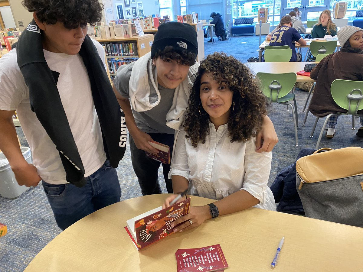 A big shout out <a target='_blank' href='http://twitter.com/AcevedoWrites'>@AcevedoWrites</a>   My students and I loved With the Fire on High and we had the best experience listening to you and meeting you today. You are so gracious with your time. It was a joy to watch you with students. <a target='_blank' href='https://t.co/eCxESti3lm'>https://t.co/eCxESti3lm</a>