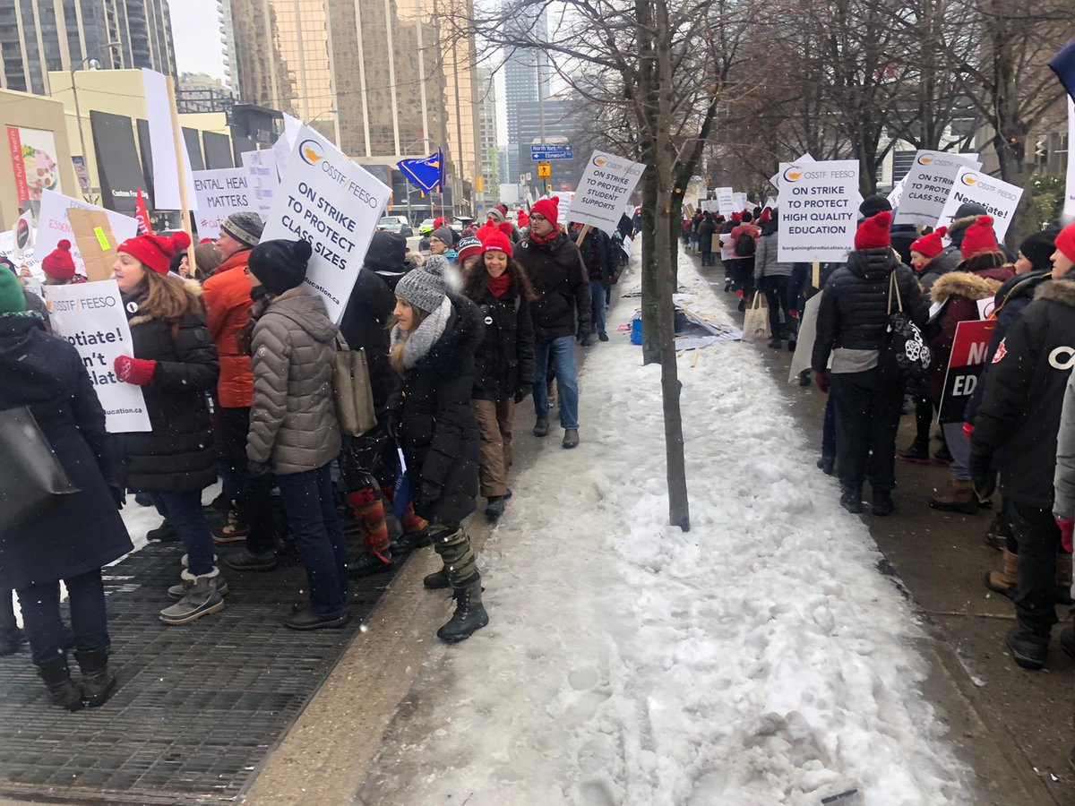 LC staff at 5050 Yonge St. this morning, in #solidarity with striking #OSSTF education workers. Good energy on the front lines today!