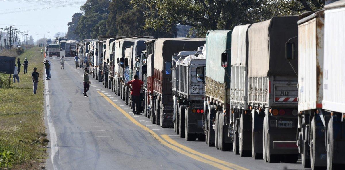 Los costos de transportar mercadería en camión aumentaron un 3.5% http://bit.ly/2ql97T7 #Combustible #Costo #Fadeeac