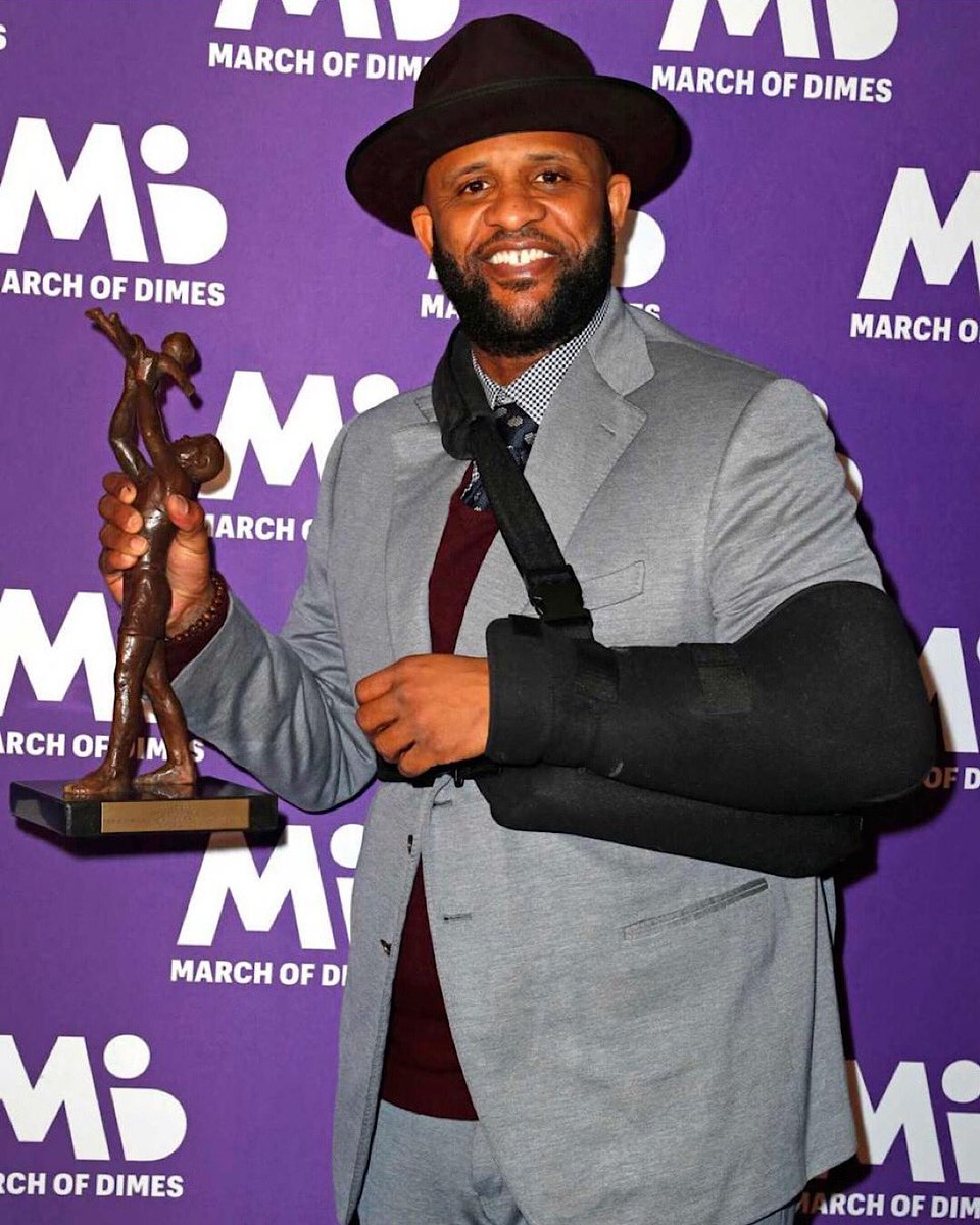Honored to be recognized as the Sportsman of the Year by @MarchofDimes. Thank you all for the support!