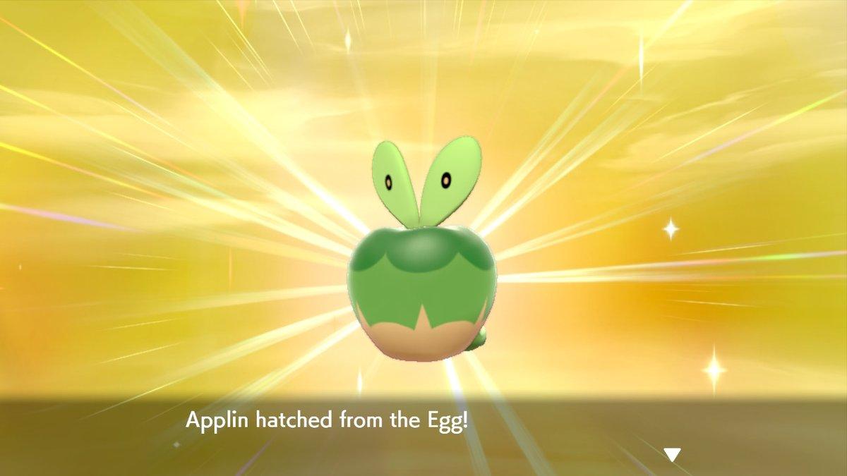 Got my first shiny after 225 eggs hatching I finally got a shiny Applin. #Shiney #PokemonSwordShield #NintendoSwitch
