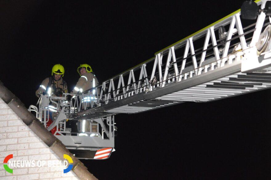 Brandweer onderzoekt vermoedelijke schoorsteenbrand Agaat Berkel en Rodenrijs -..