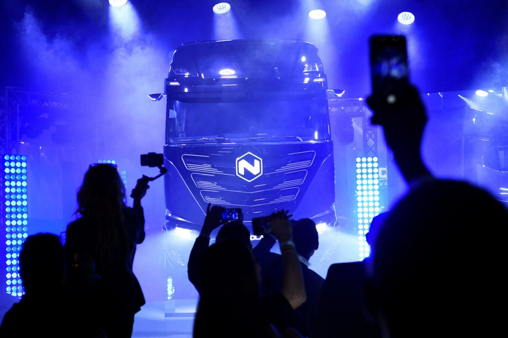 CNH Industrial's Iveco joins the electric truck race with Nikola partnership https://reut.rs/2LiacSZ