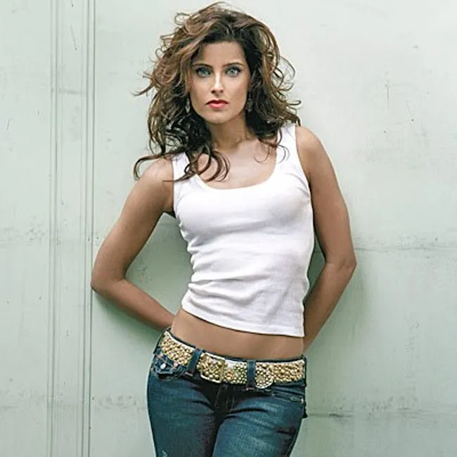 Happy Birthday Nelly Furtado!