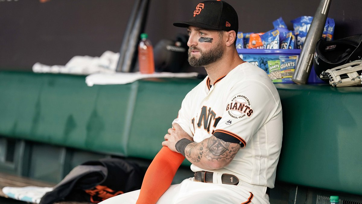 BREAKING: The Giants have non-tendered Kevin Pillar in a surprising move.  @PavlovicNBCS explains why  https:// bit.ly/2qXRqJT    <br>http://pic.twitter.com/LHR7BFrn6R