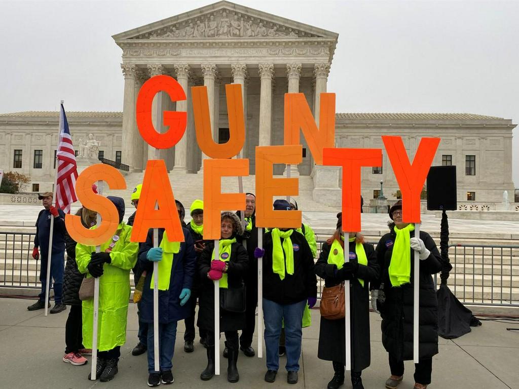 U.S. Supreme Court justices debate whether to dismiss major gun case https://reut.rs/2P58WDL