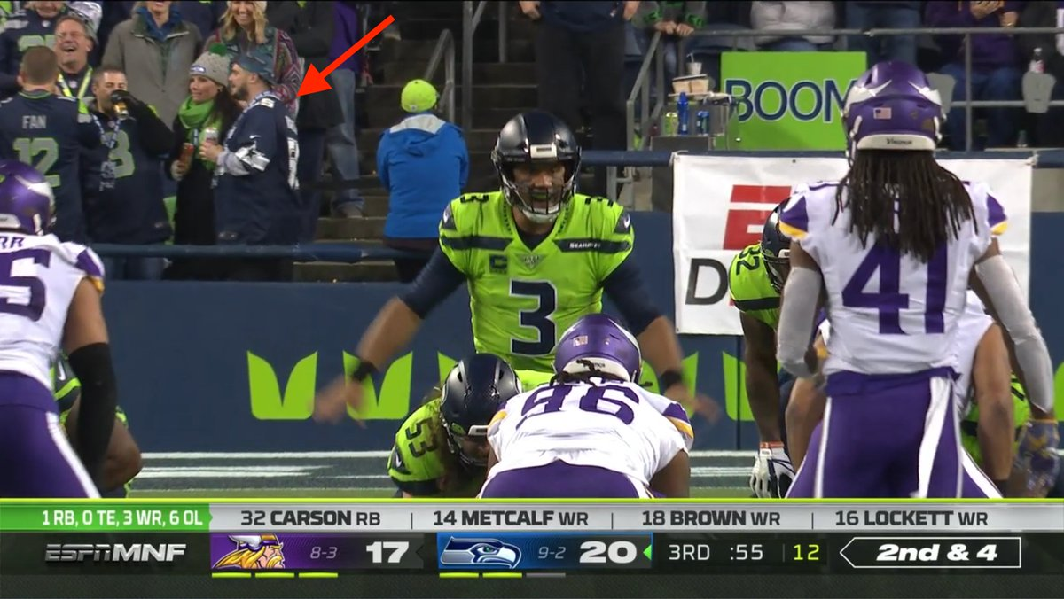 Field-level seats, not watching, wearing a Cowboys jersey  #MINvsSEA <br>http://pic.twitter.com/UCksPZgdwU