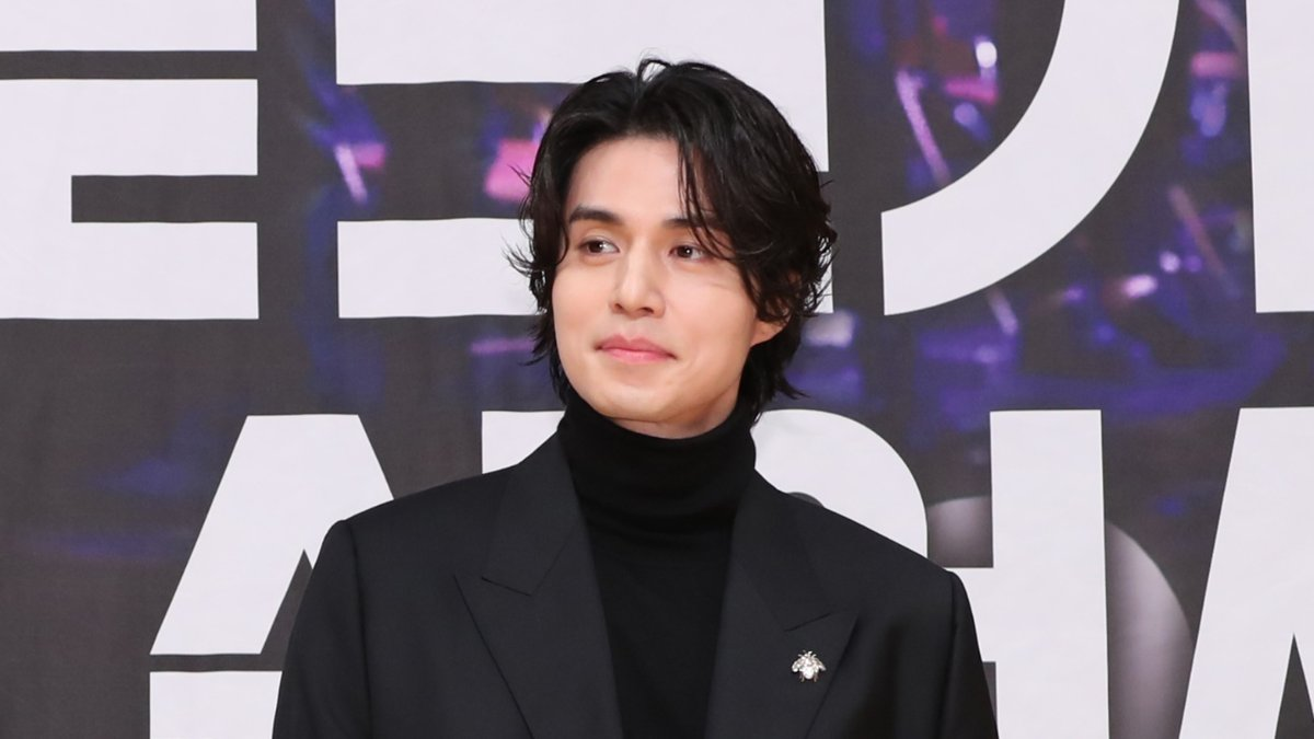 #LeeDongWook opened up about the ongoing vote rigging controversy surrounding '#Produce_X_101'. #이동욱   https:// news.sbs.co.kr/news/endPage.d o?news_id=N1005548311  … <br>http://pic.twitter.com/pjiPW6fzHG