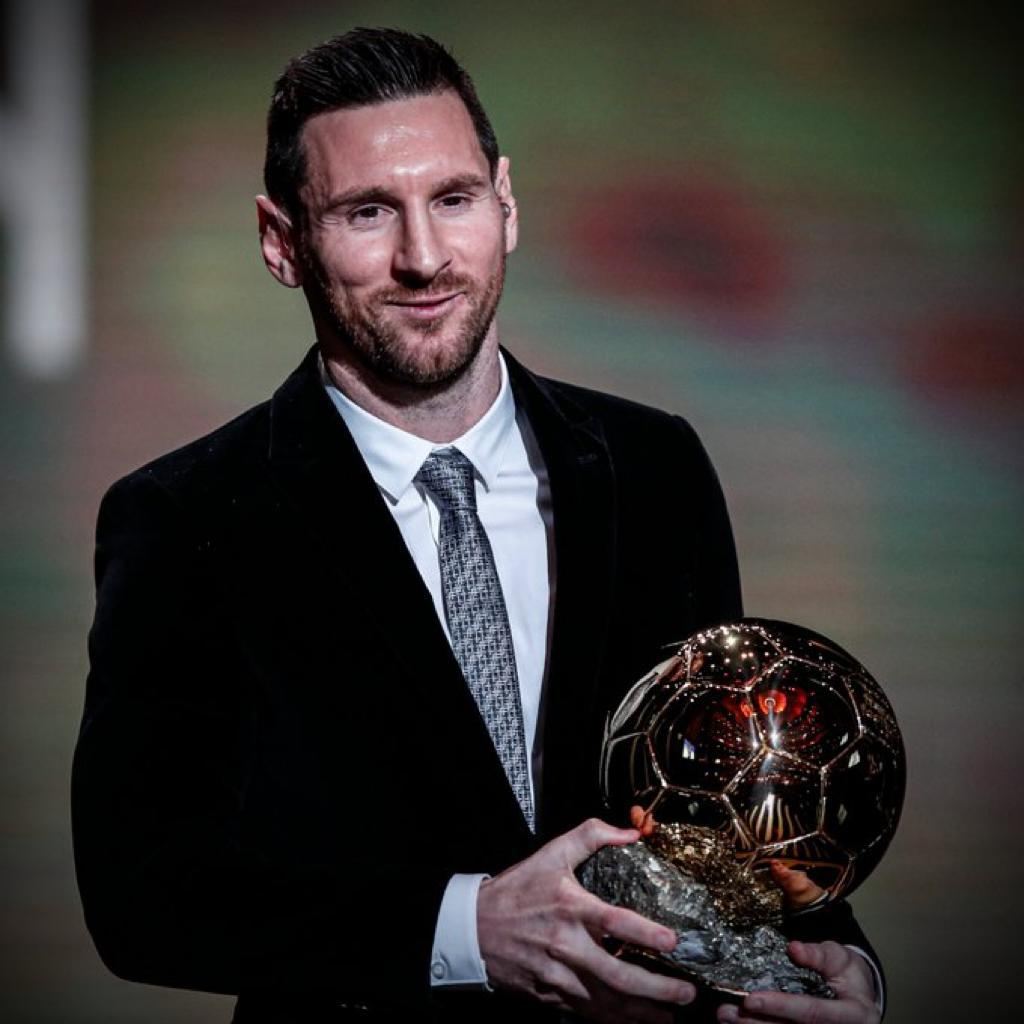 Messi can't do it without Xavi  Messi can't do it without iniesta  Messi can't do it without Neymar  Messi just did it with VALVERDE  #MESSIX #BallonDor  #BallonDor2019