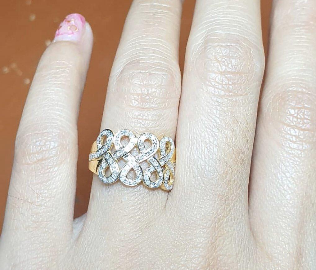 💫แหวนอินฟินิตี้ แหวนแห่งความหมายดีๆ  เพชรกุหลาบ 88 เม็ด 44 ตัง ✨ราคาเพียง 6,490 บาท  พร้อมส่งไซส์ 55 ❣️Size อื่นสั่งทำได้นะคะ  5-10 วัน ทอง 9 k   #แหวนเพชร #แหวนใบไม้ #แหวนเพชรแท้ #ของขวัญ #ของขวัญปีใหม่ #เพชรน้ำงาม #เพชรกุหลาบ