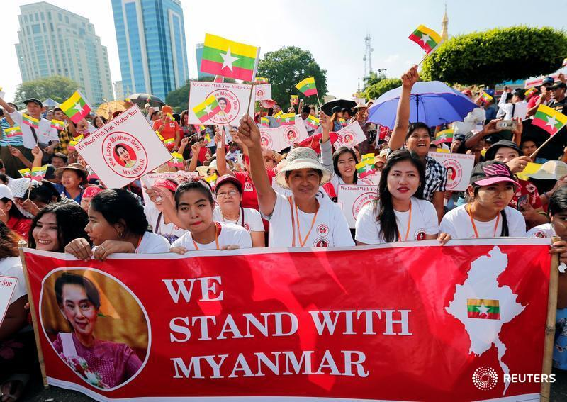 As Myanmar leader Aung San Suu Kyi prepares to travel to the Netherlands to fight charges of genocide against her country at the International Court of Justice, her supporters have embarked on an impassioned publicity campaign https://t.co/oiHJN09yUT by @Shoon_Naing @thuttag https://t.co/2gE0ZUKne5
