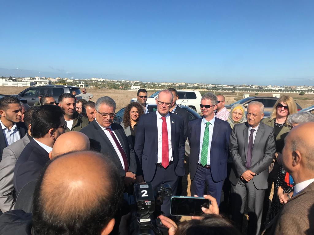 Today Tánaiste @simoncoveney announced that Ireland will fund the construction of a 7.5MW solar power plant providing clean, reliable energy to the NGEST wastewater treatment plant in Northern Gaza Full Statement available 👉bit.ly/2DCywLc