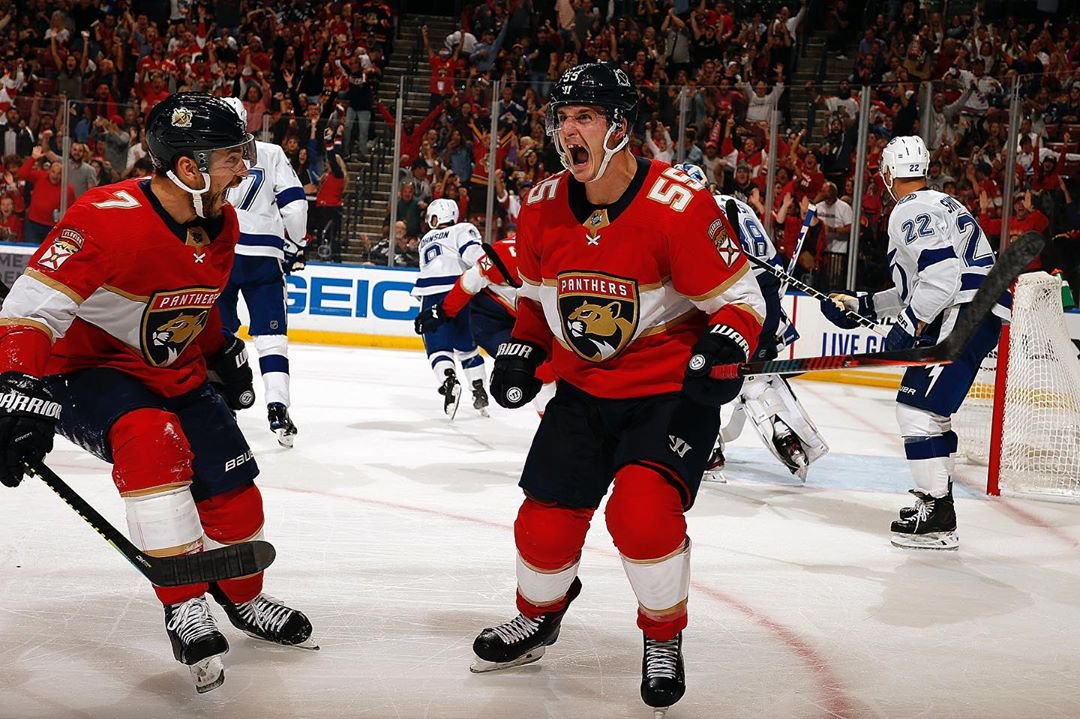 The @FlaPanthers are playing the Dallas Stars on 12/20. Win tickets to see them at 7:40a with #MackInTheMorning if you win #BattleOfTheSexes 🙌 RT IF YOU WANT TO PLAY! @iAmLettyB @MACKONTHERADIO
