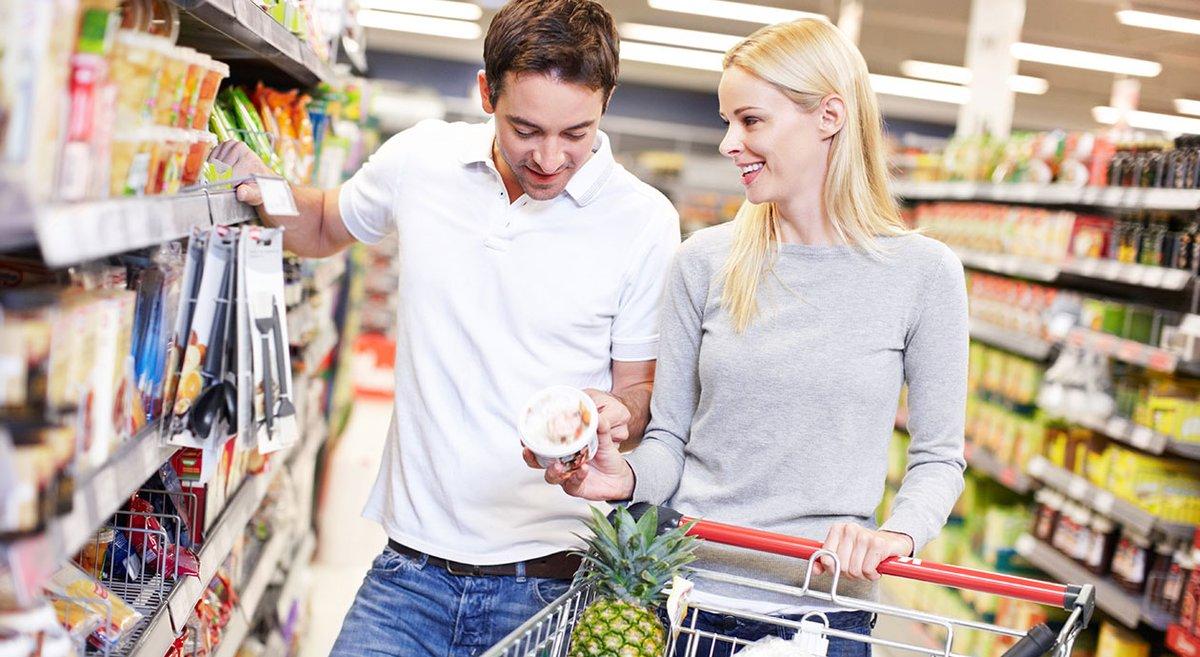 Onderzoeksbureau IRI: 'Supermarktomzet groeit volgend jaar 4,7%.' Als het Nederlands elftal het goed doet tijdens het EK2020 zal er meer bier, snacks en frisdranken worden verkocht; ook zullen spaaracties voor meer omzet zorgen.  #supermarkt #boodschappen