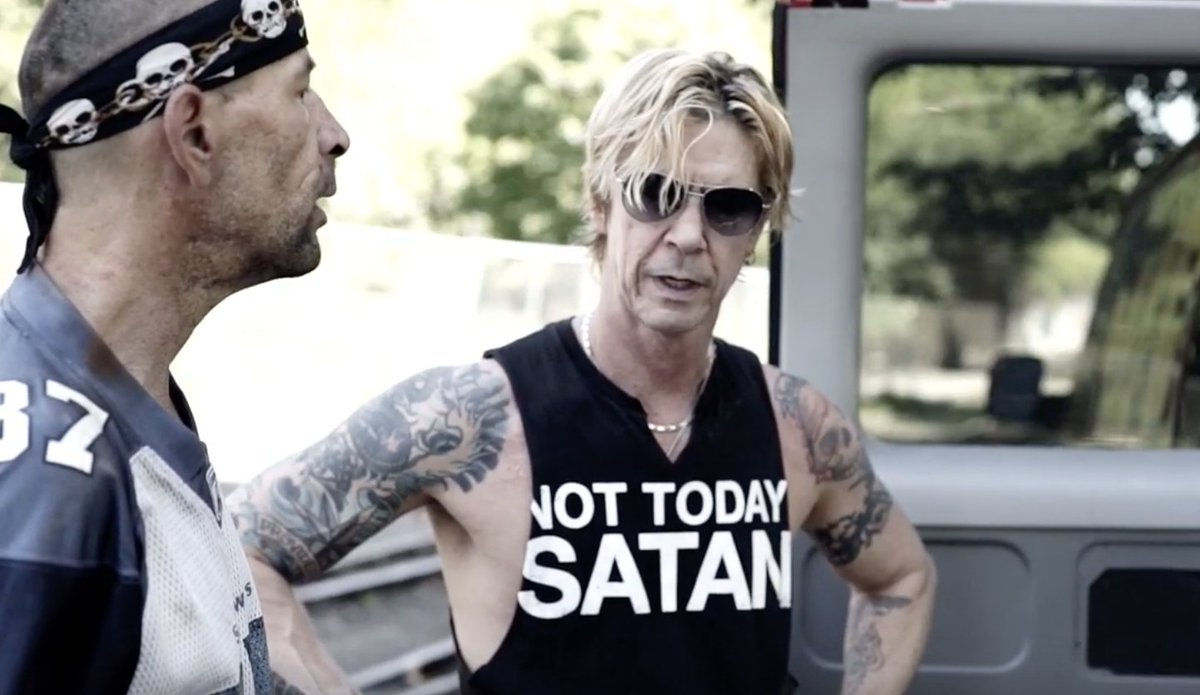 Watch Duff McKagan raise awareness for homelessness in Cold Outside video in honor of #GivingTuesday2019 rol.st/2RezlBZ