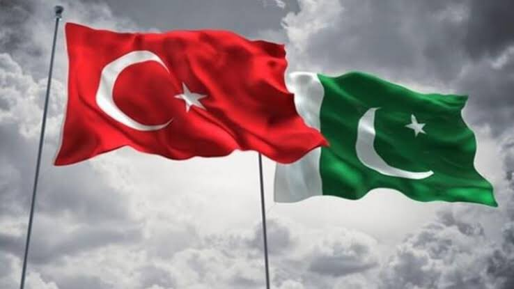 Get ready for a nuclear weapons agreement between Turkey and Pakistan! 🇹🇷🇵🇰